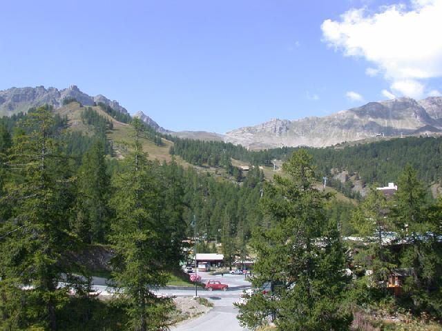 Vacances en montagne Résidence Ecrin des Neiges - Vars - Extérieur été