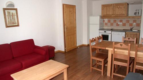 Vacances en montagne Appartement 2 pièces 6 personnes (U003) - Résidence Ecrin des Neiges - Vars - Table
