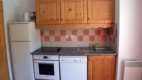 Vacances en montagne Appartement 3 pièces 6 personnes (U004) - Résidence Ecrin des Neiges - Vars - Kitchenette
