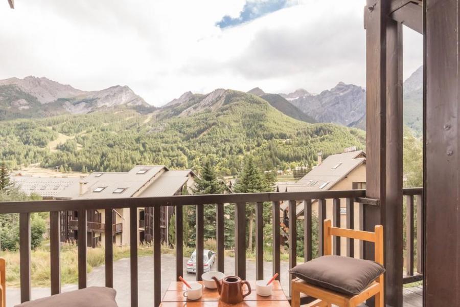 Soggiorno sugli sci Appartamento su 3 piani 4 stanze per 8 persone (301) - Résidence Edelweiss - Serre Chevalier - Esteriore estate