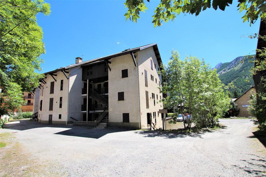 Vacances en montagne Résidence Edelweiss - Serre Chevalier - Extérieur été