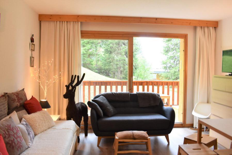 Vacances en montagne Studio coin montagne 4 personnes - Résidence Eperonnelles - Méribel - Banquette-lit tiroir