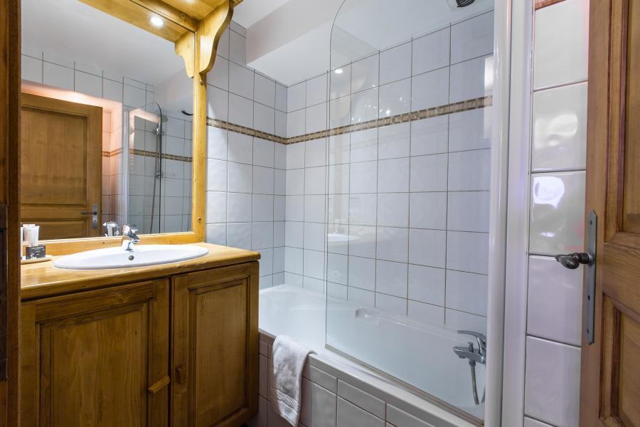 Urlaub in den Bergen Résidence et Spa Vallorcine Mont Blanc - Vallorcine - Badezimmer