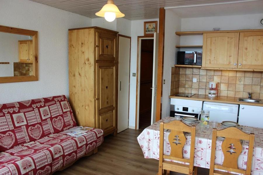 Vacances en montagne Studio cabine 4 personnes (42) - Résidence Eterlous - Val Thorens - Salle à manger