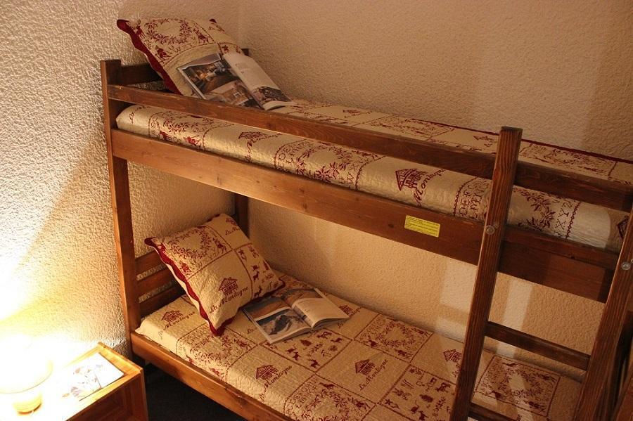 Vacances en montagne Studio cabine 4 personnes (43) - Résidence Eterlous - Val Thorens - Canapé