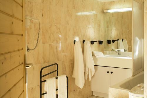 Vacances en montagne Résidence Eureca - Brides Les Bains - Salle de bains
