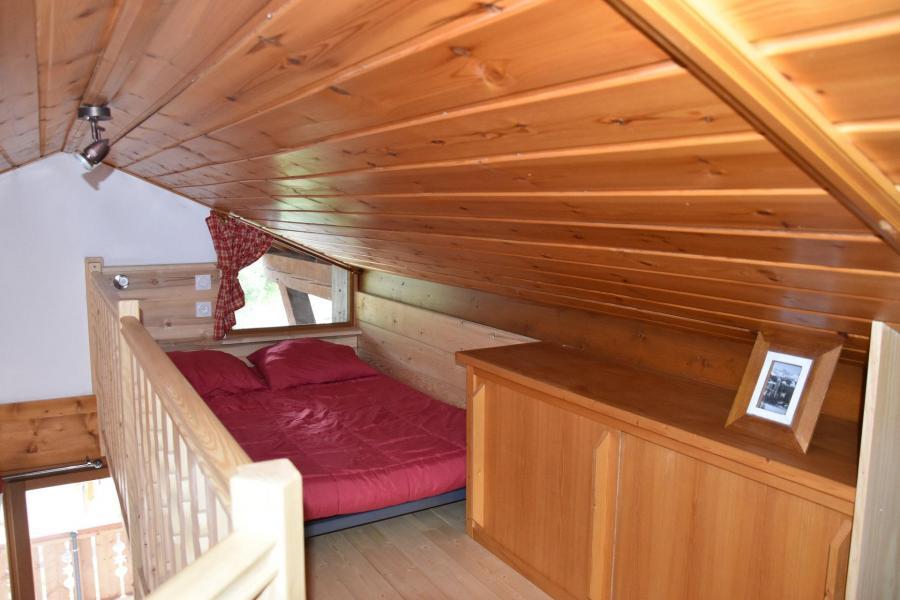 Wakacje w górach Apartament 2 pokojowy 4 osób (GENTIANE) - Résidence Flor'Alpes - Champagny-en-Vanoise - Antresola na poddaszu (-1,80 m)