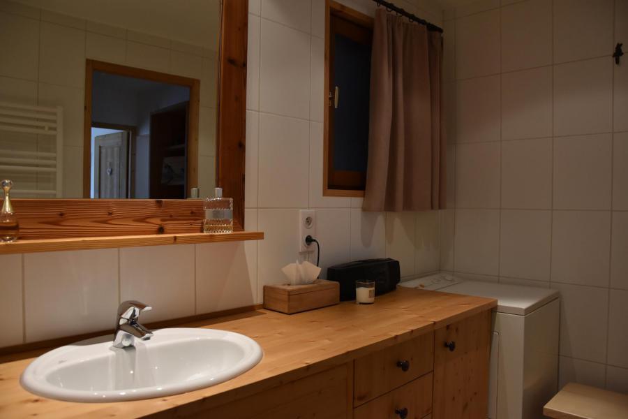 Wakacje w górach Apartament 3 pokojowy 6 osób (BRUYERE) - Résidence Flor'Alpes - Champagny-en-Vanoise - Umywalką