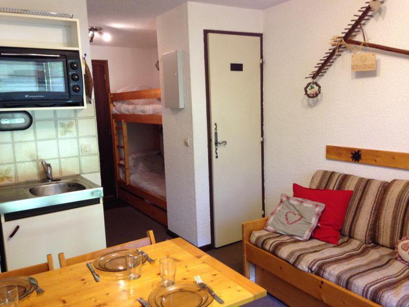 Holiday in mountain resort Studio 4 people (A10) - Résidence Front de Neige - Combloux