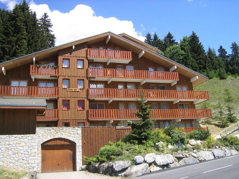 Location au ski Appartement 2 pièces 5 personnes (A17) - Résidence Grand Dou - Méribel-Mottaret - Extérieur été