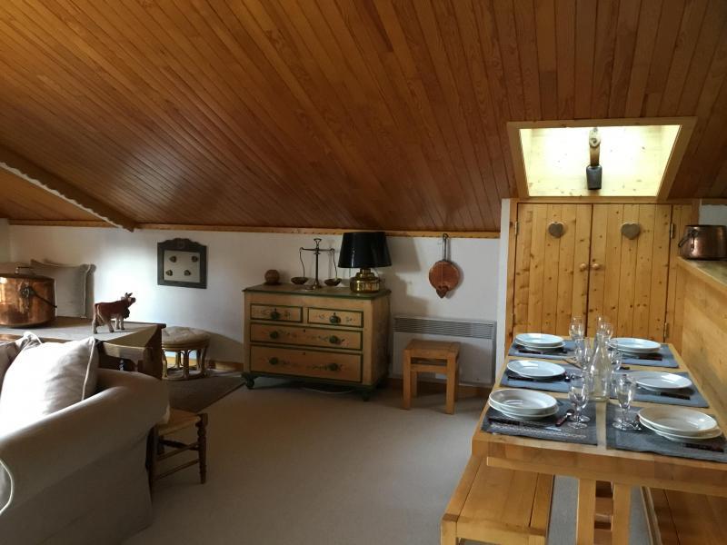 Vacaciones en montaña Apartamento 3 piezas para 6 personas (A25) - Résidence Grand Dou - Méribel-Mottaret - Mesa