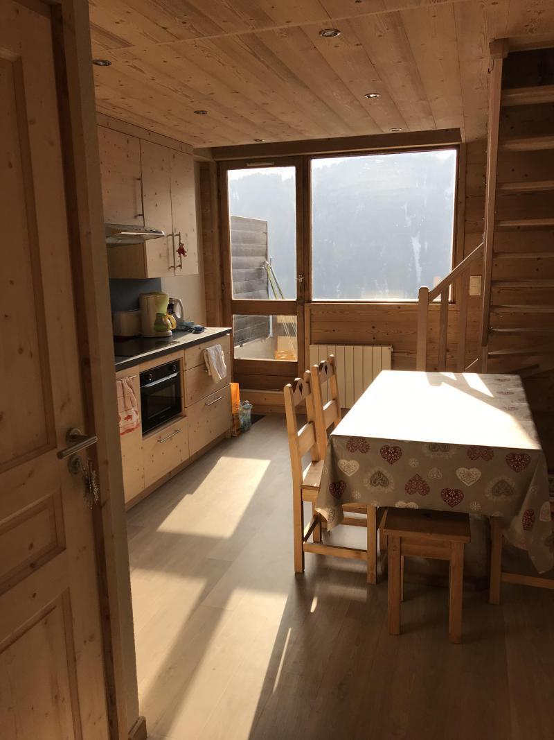 Vacances en montagne Appartement duplex 3 pièces 6 personnes (021A) - Résidence Hameau des Quatre Saisons - Châtel - Logement