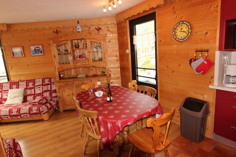 Vacances en montagne Appartement 3 pièces 6 personnes (12) - Résidence Hauts de Chavière - Val Thorens - Table
