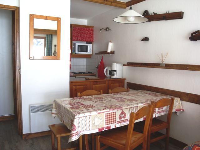 Vacances en montagne Studio 5 personnes (002) - Résidence l'Athamante - Valmorel - Table