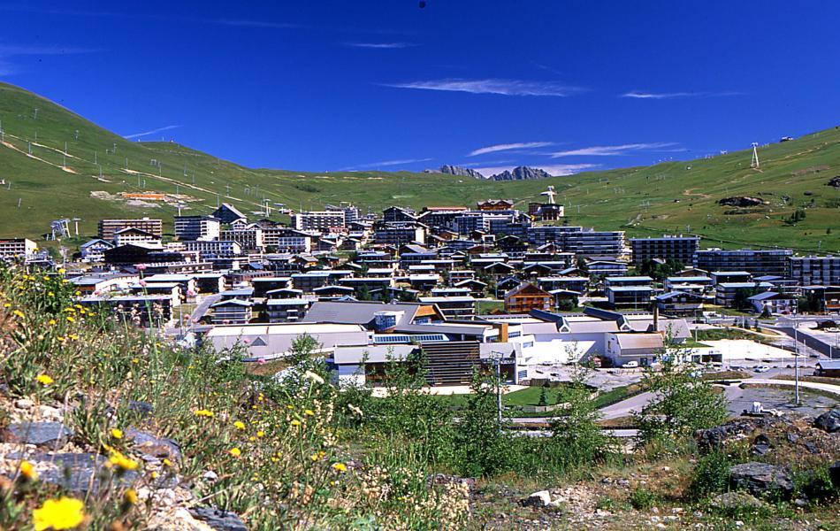 Urlaub in den Bergen Résidence l'Ecrin d'Huez - Alpe d'Huez - Draußen im Sommer