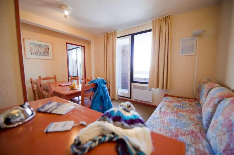 Urlaub in den Bergen Résidence l'Ecrin d'Huez - Alpe d'Huez - Kleines Wohnzimmer