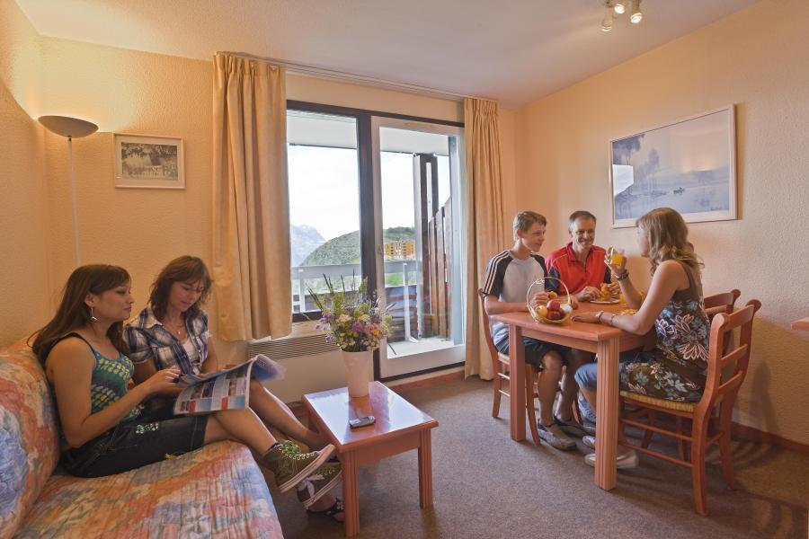 Urlaub in den Bergen Résidence l'Ecrin d'Huez - Alpe d'Huez - Wohnzimmer