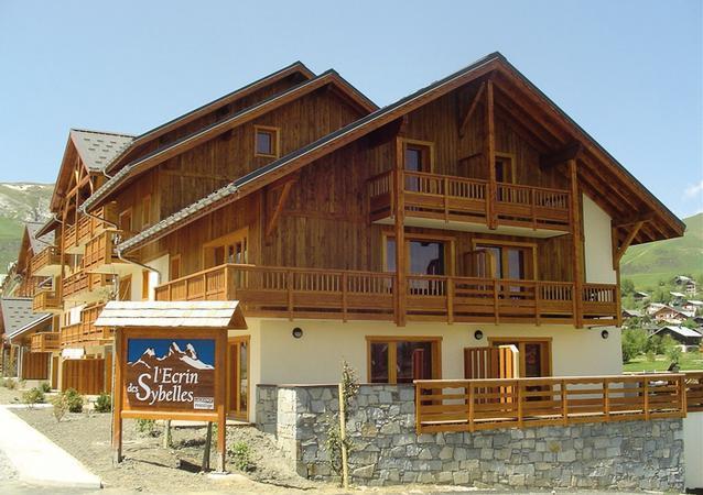 Аренда на лыжном курорте Résidence l'Ecrin des Sybelles - La Toussuire - летом под открытым небом