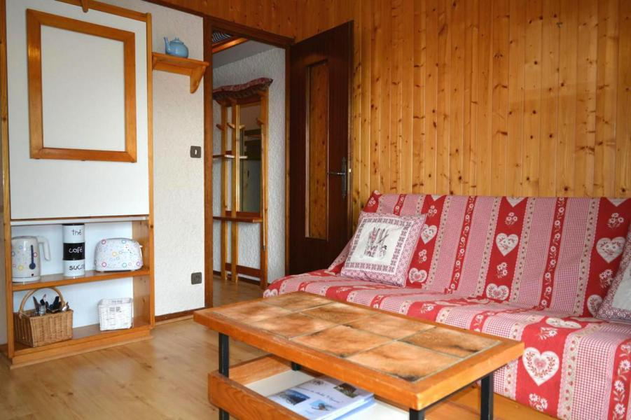 Holiday in mountain resort Studio sleeping corner 4 people (005) - Résidence l'Eparvi - Le Grand Bornand