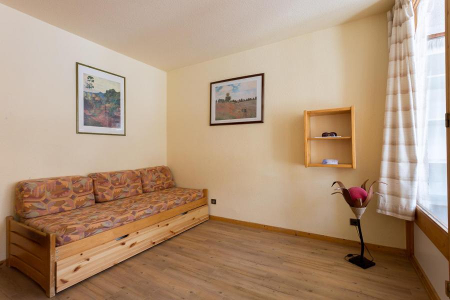 Vacances en montagne Appartement 2 pièces 6 personnes (112) - Résidence l'Eskival - Val Thorens