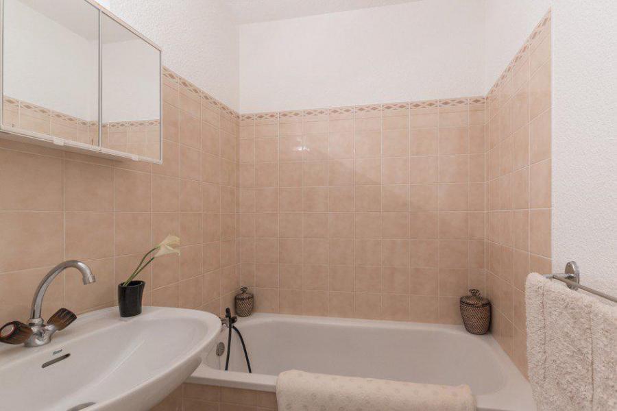 Vacances en montagne Appartement 2 pièces 5 personnes (311) - Résidence l'Orée du Bois - Puy-Saint-Vincent - Baignoire