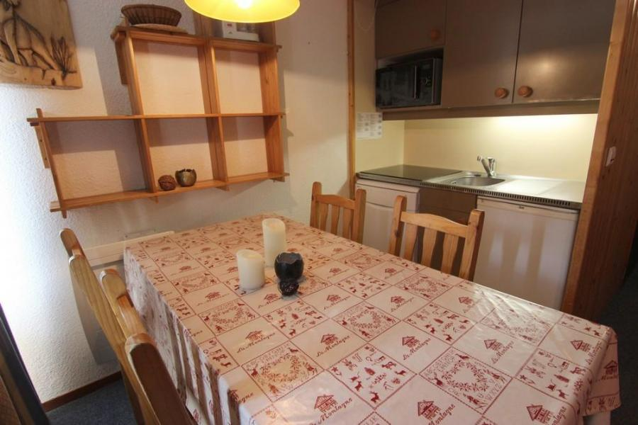 Vacances en montagne Studio cabine 4 personnes (2) - Résidence l'Orsière - Val Thorens - Canapé