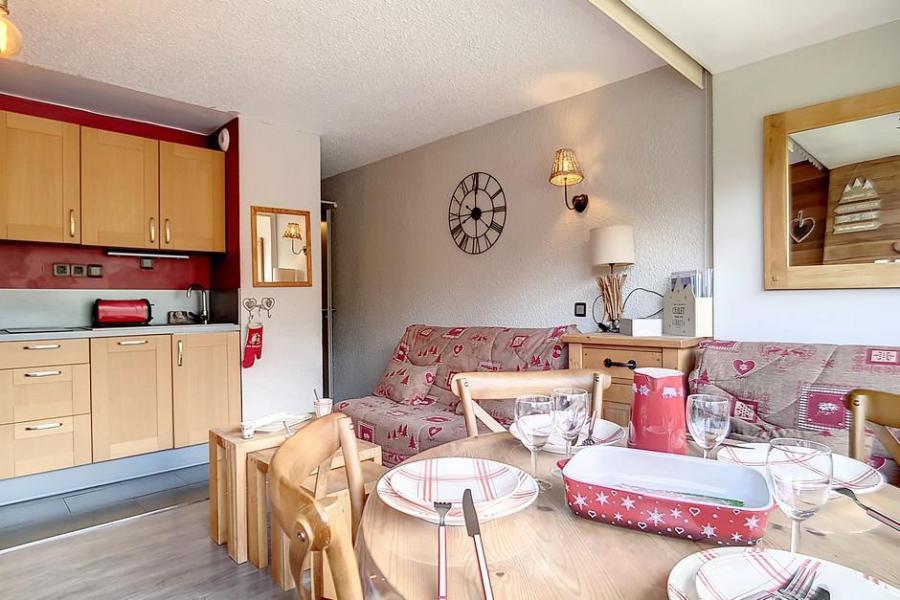 Vakantie in de bergen Studio bergnis 4 personen (54) - Résidence la Biellaz - Les Menuires - Woonkamer