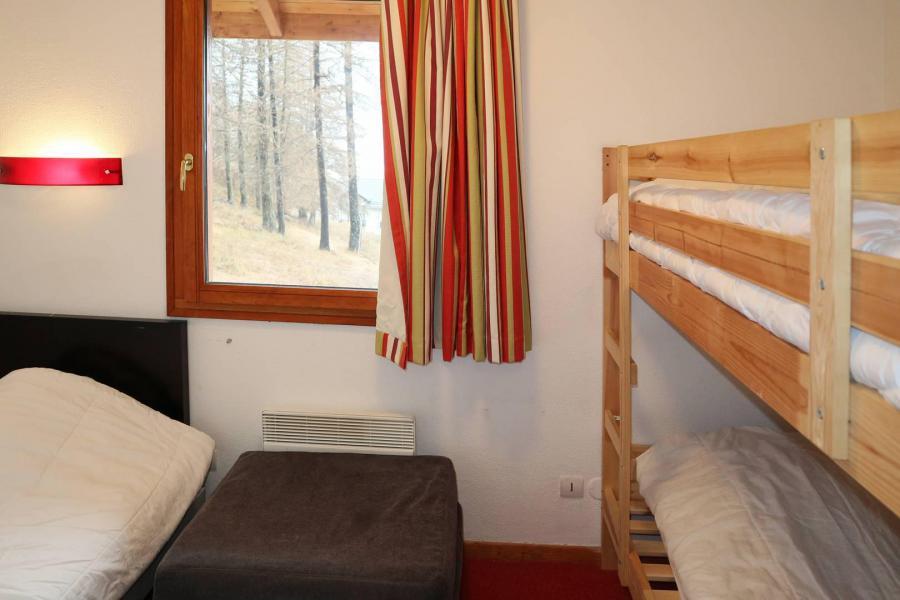 Vacances en montagne Chalet mitoyen 4 pièces 10 personnes - Résidence la Combe d'Or - Les Orres