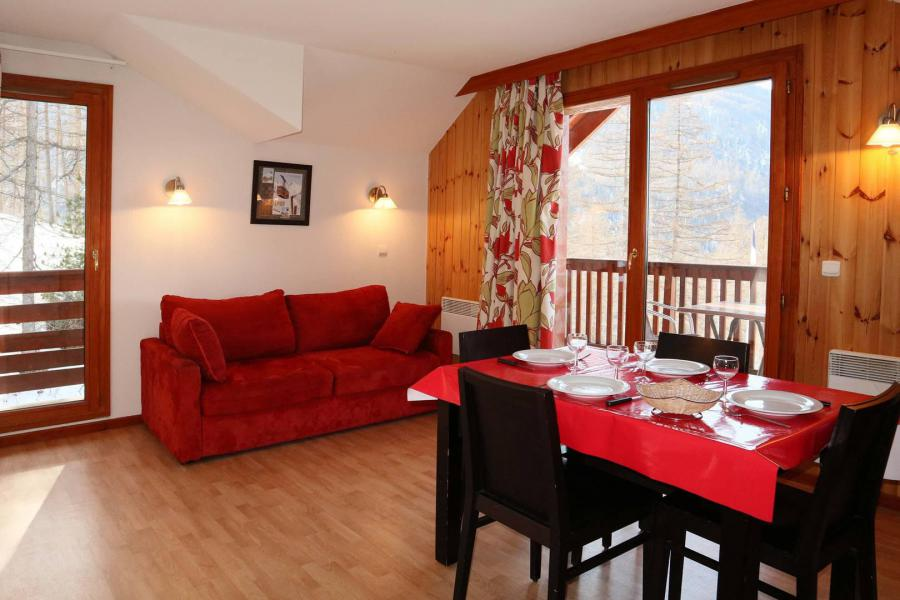 Vacances en montagne Appartement 2 pièces 4 personnes (1043) - Résidence la Combe d'Or - Les Orres - Table