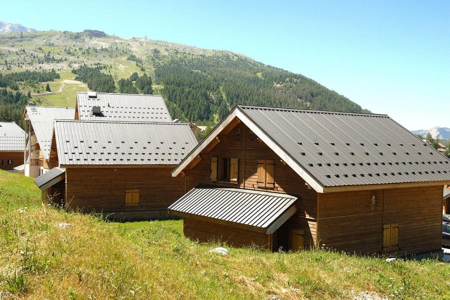 Vacances en montagne Résidence la Crête du Berger - La Joue du Loup - Extérieur été