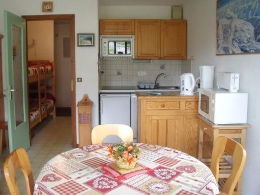 Holiday in mountain resort Studio sleeping corner 4 people - Résidence la Dryade - Le Grand Bornand - Living room
