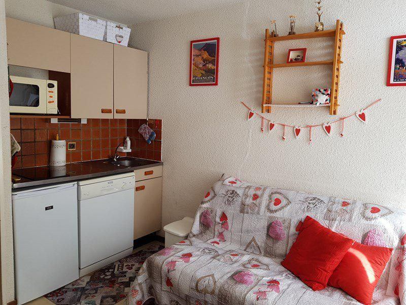 Holiday in mountain resort 2 room apartment 4 people (C65) - Résidence la Ferme d'Augustin - Montgenèvre - Accommodation