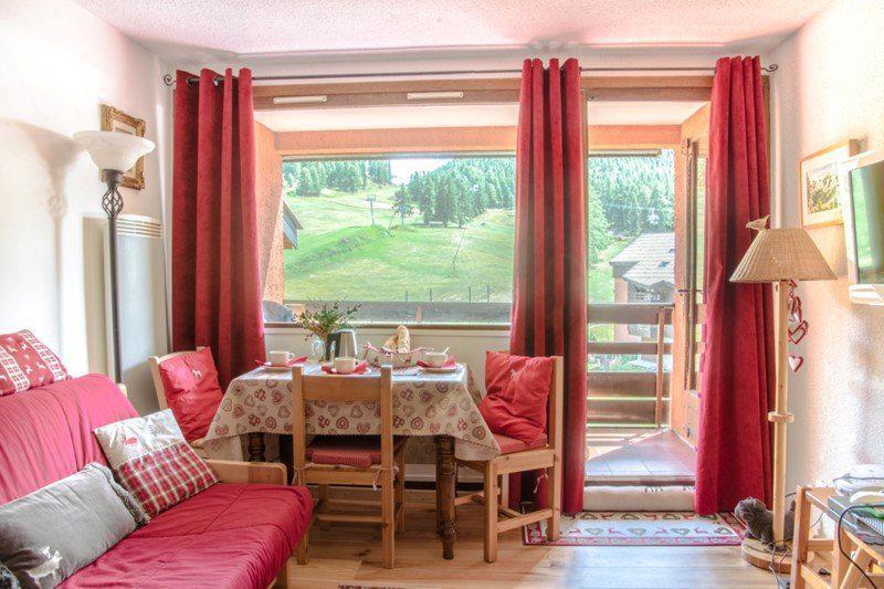 Holiday in mountain resort Studio sleeping corner 4 people (B54) - Résidence la Ferme d'Augustin - Montgenèvre - Accommodation