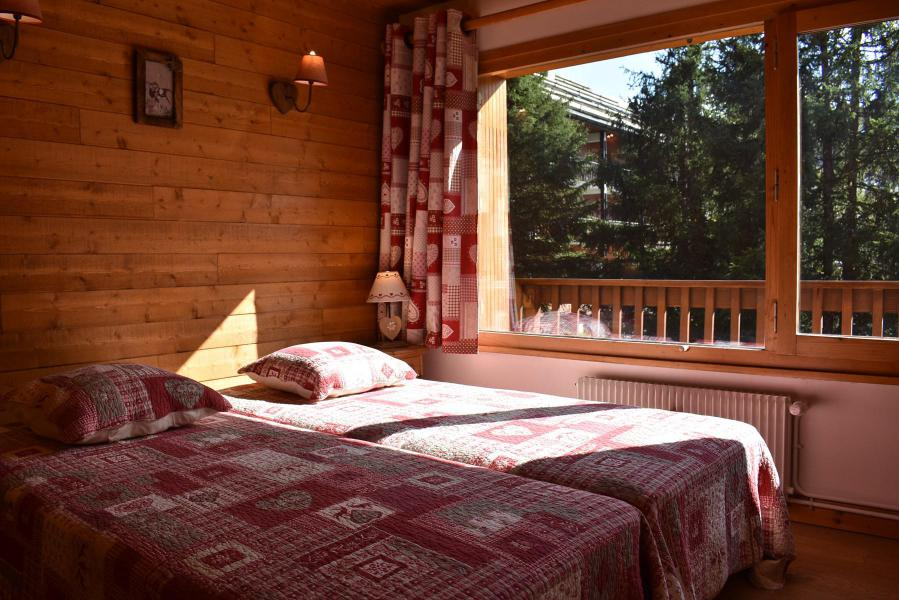 Holiday in mountain resort 3 room apartment 6 people (20) - Résidence la Forêt - Méribel - Bedroom
