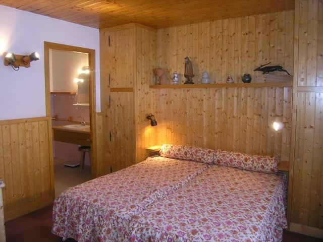 Vacances en montagne Appartement 2 pièces 4 personnes (30) - Résidence la Forêt - Méribel - Salle à manger