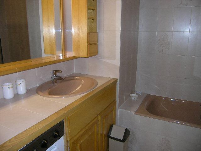 Vacances en montagne Appartement 2 pièces 6 personnes (18) - Résidence la Forêt - Méribel - Baignoire