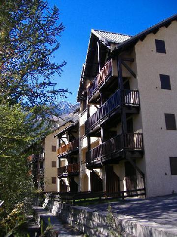Soggiorno sugli sci Résidence la Gardiole - Serre Chevalier - Esteriore estate