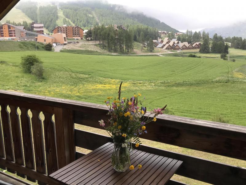 Vacaciones en montaña Apartamento cabina 2 piezas para 6 personas (824) - Résidence la Marmotte la Crête du Berger - La Joue du Loup