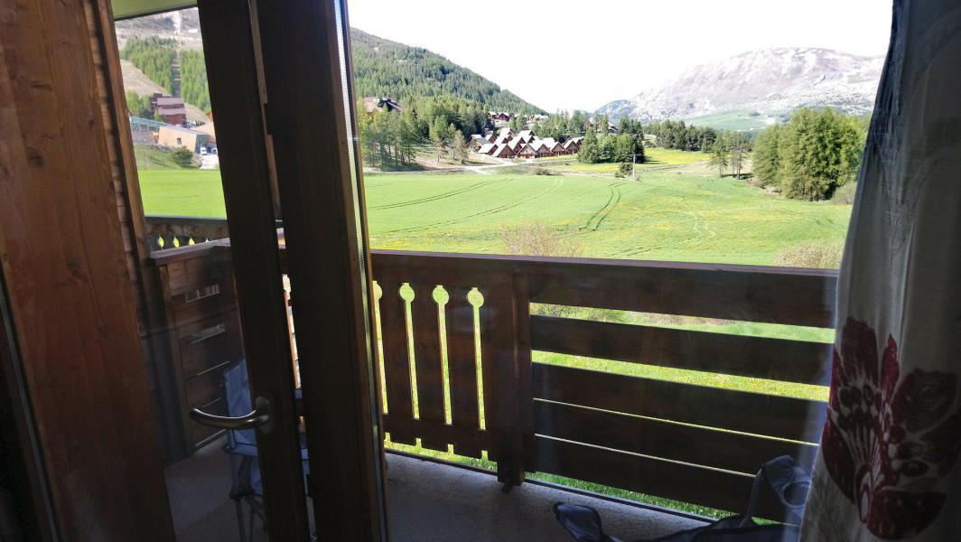 Vacaciones en montaña Apartamento cabina 2 piezas para 6 personas (821) - Résidence la Marmotte la Crête du Berger - La Joue du Loup - Balcón