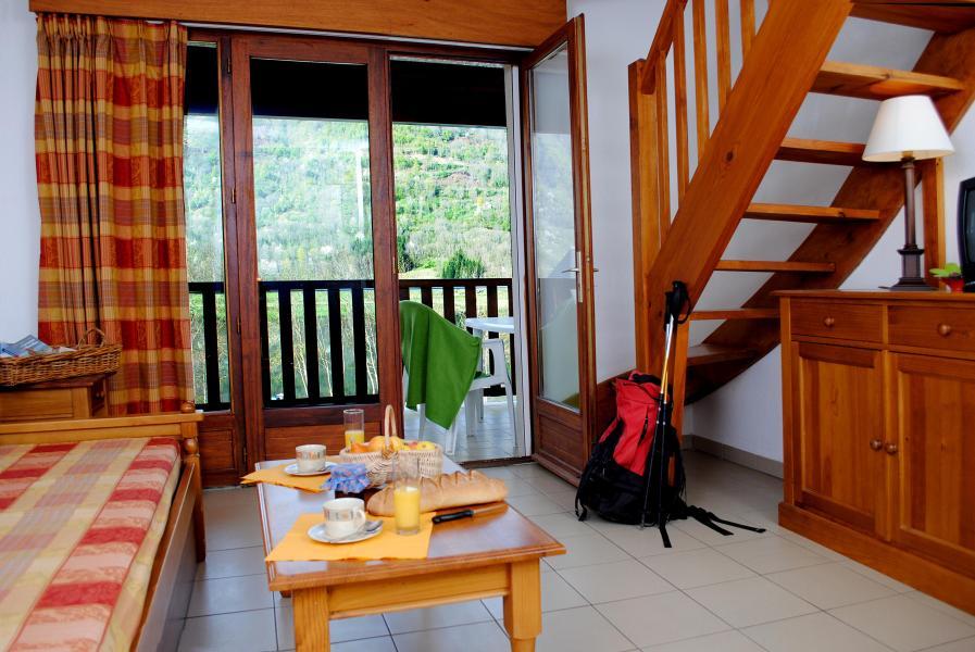 Urlaub in den Bergen Résidence la Soulane - Peyragudes - Couchtisch