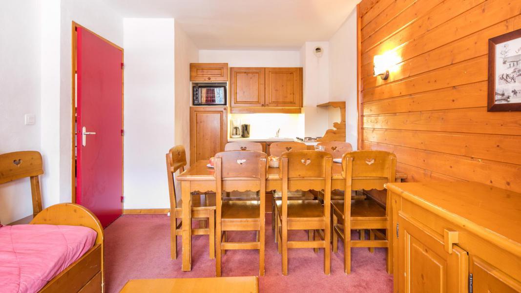 Urlaub in den Bergen Résidence la Turra - Valfréjus - Wohnzimmer