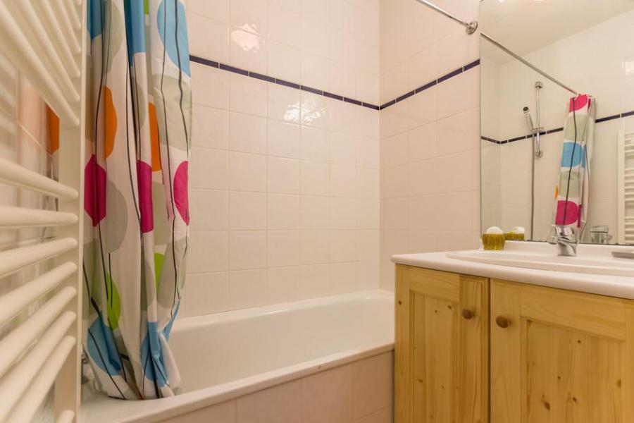 Holiday in mountain resort 2 room apartment 5 people (406) - Résidence la Vanoise - La Rosière - Bath-tub