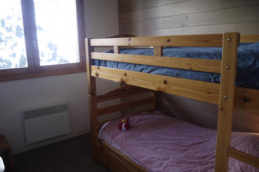Vacances en montagne Appartement 3 pièces 6 personnes (013) - Résidence la Vanoise - Méribel-Mottaret - Lits superposés