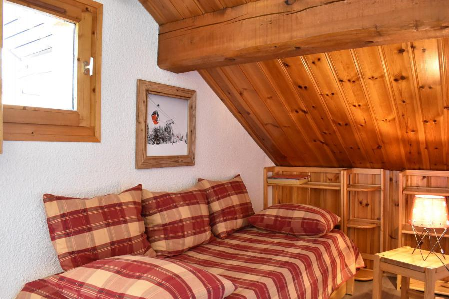 Holiday in mountain resort 2 room apartment 4 people (B2) - Résidence la Vizelle - Méribel - Accommodation