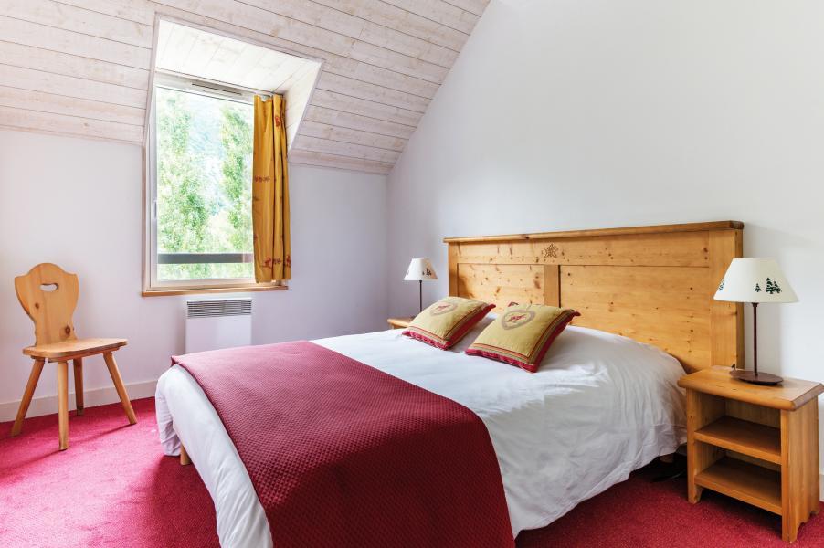 Vacances en montagne Résidence Lagrange l'Ardoisière - Saint Lary Soulan - Chambre mansardée