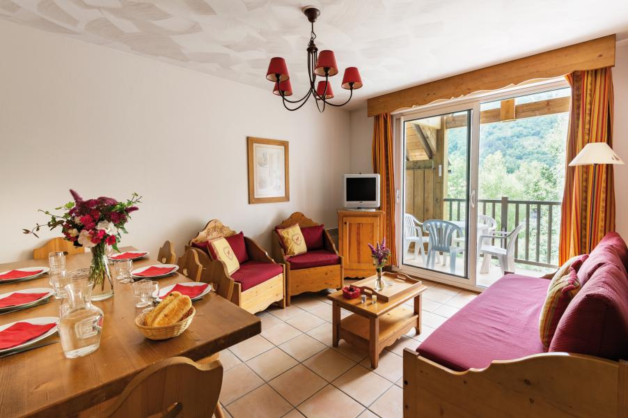 Urlaub in den Bergen Résidence Lagrange l'Ardoisière - Saint Lary Soulan - Wohnzimmer