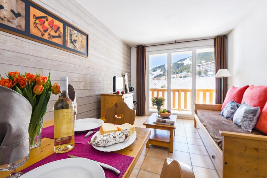 Holiday in mountain resort Résidence Lagrange l'Orée des Cimes - Les Angles - Living room