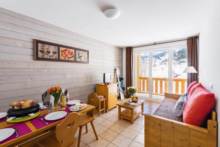 Urlaub in den Bergen Résidence Lagrange l'Orée des Cimes - Les Angles - Wohnzimmer