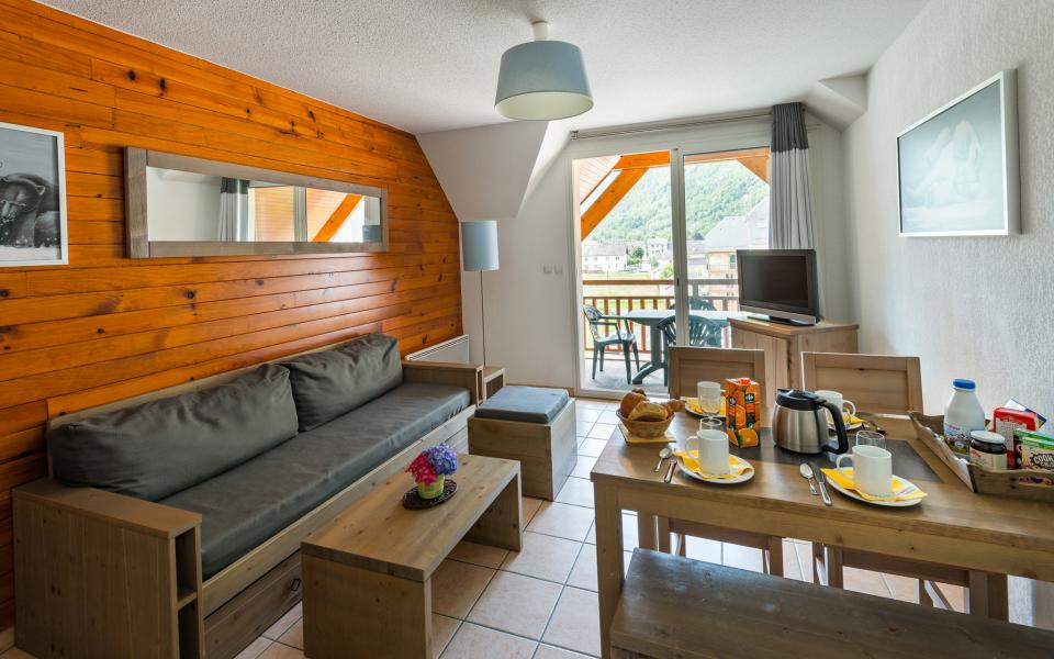 Vakantie in de bergen Résidence Lagrange le Belvédère - Luchon-Superbagnères - Woonkamer