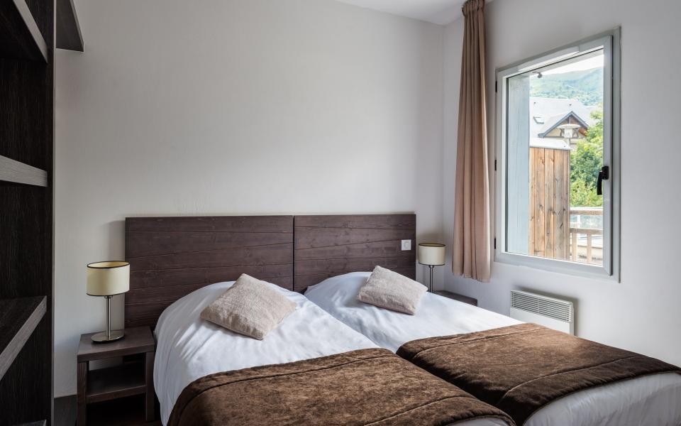 Holiday in mountain resort Résidence Lagrange le Clos Saint Hilaire - Saint Lary Soulan - Bedroom